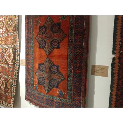 Экспонаты Музея ковра Шуши
