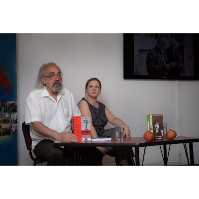 В ереванской библиотеке им. А. Исаакяна состоялась презентация книги 'Фрунзе Довлатян. На излете оттепели'
