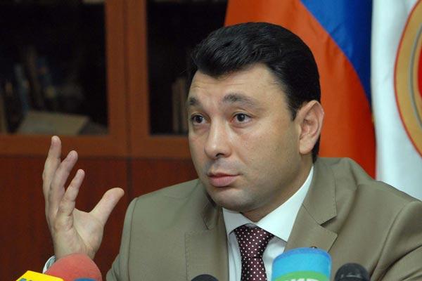 Шармазанов: Своей нелогичной деятельностью Баку бросил вызов цивилизованному миру