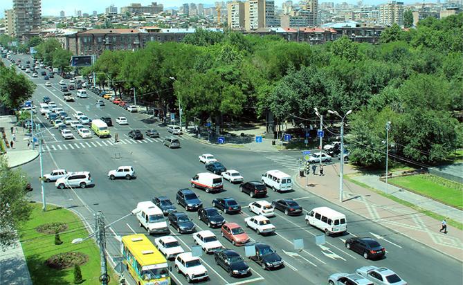 Изменения в организации движения транспортных средств в центре Еревана