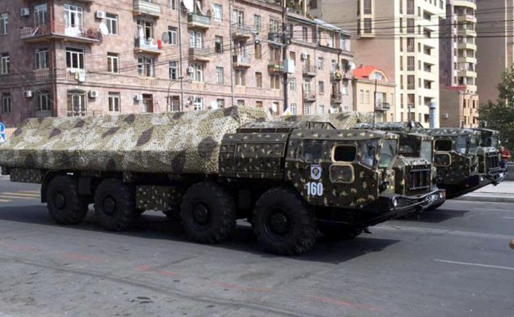 Эксперт: Перепуганные азербайджанцы в каждой тени видят «Искандеры»