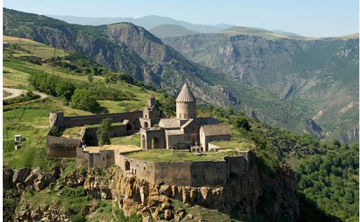 На 37% выросло количество турпоездок из России в Армению