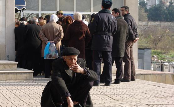 Радио «Свобода»: Пенсионные поправки в Азербайджане вынудят пожилых людей последовать призыву депутата – «меньше есть»