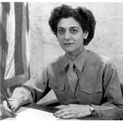 2-й лейтенант Сью Сарафян, личный секретарь Дуайта Эйзенхауэра