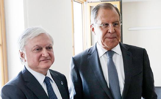 Налбандян и Лавров подчеркнули необходимость реализации договоренностей по Карабаху