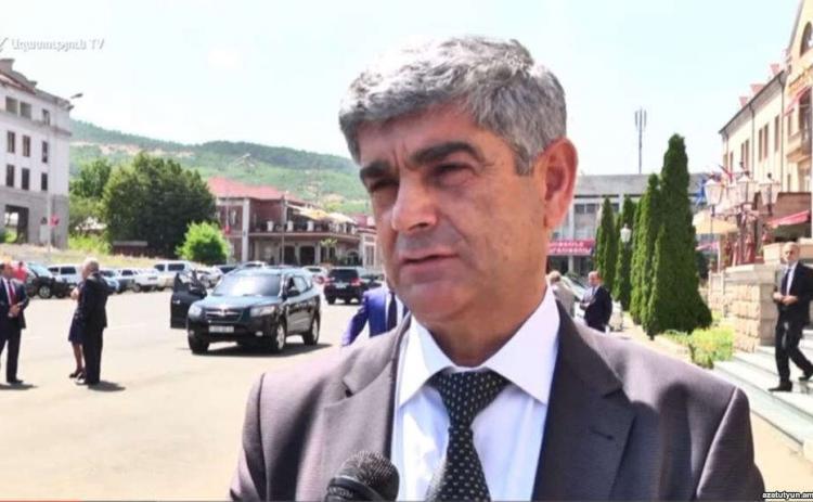 Виталий Баласанян не исключил борьбы за пост президента Арцаха