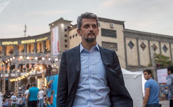Каро Пайлян одержал сокрушительную победу на выборах в Турции
