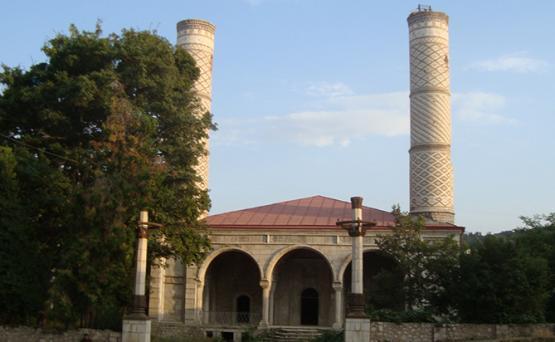 Ашотян: Азербайджанское культурное наследие сохраняется в Армении