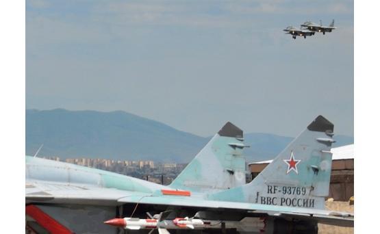Самолеты ВС России и Армении провели совместные учения