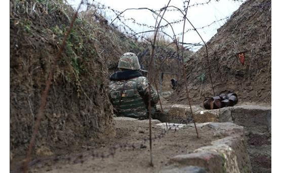 Азербайджан нарушил режим перемирия на границе с Арменией, ранен военнослужащий