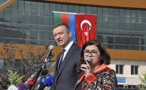 ДИАЛОГ О НЕНАВИСТИ: Что делали российские депутаты в турецком Кайсери?